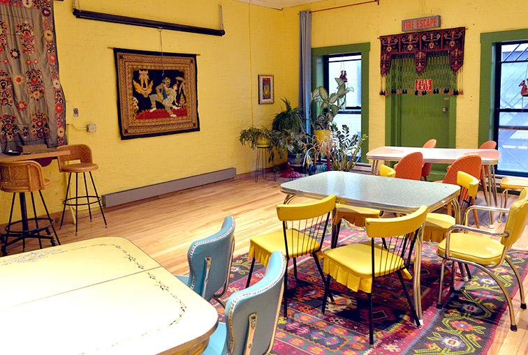 Samba Meeting Room - Cafe Setup